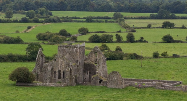 Church ruins near Cashel Castle