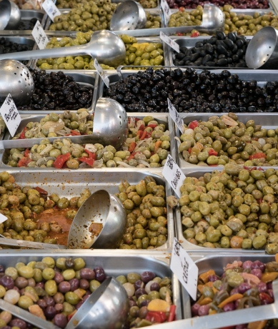 Olives at Esperanza market
