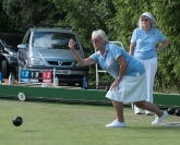 Perfect Lawn bowling form