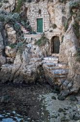 Sea access to Dubrovnik .