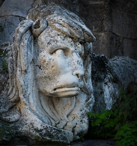 Segovia statue